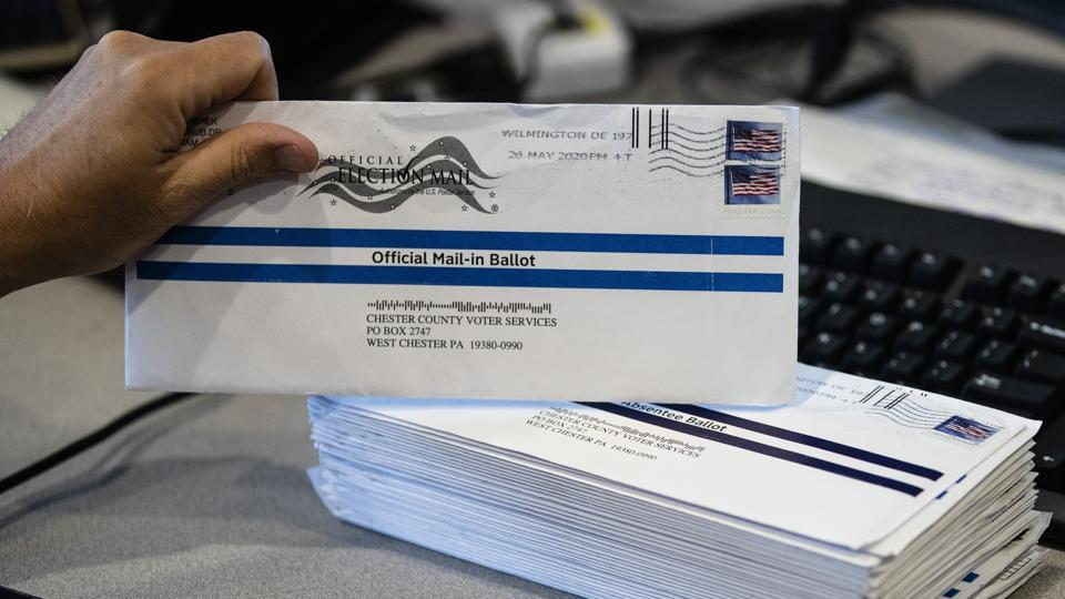 Postal service warns states of delays to mail-in ballots for US election 2020