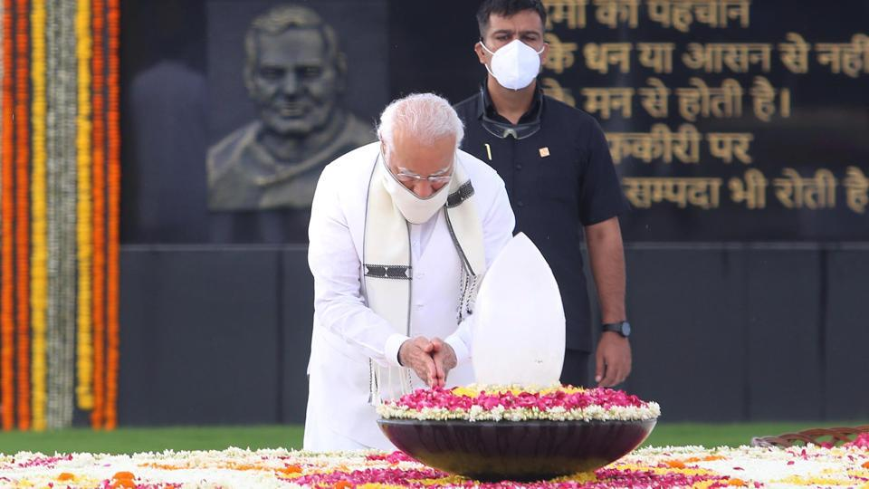 Prime Minister Narendra Modi pays tribute to former Prime Minister of India Atal Bihari Vajpayee on the latter's second death anniversary at Sadaiv Atal memorial in New Delhi on Sunday.