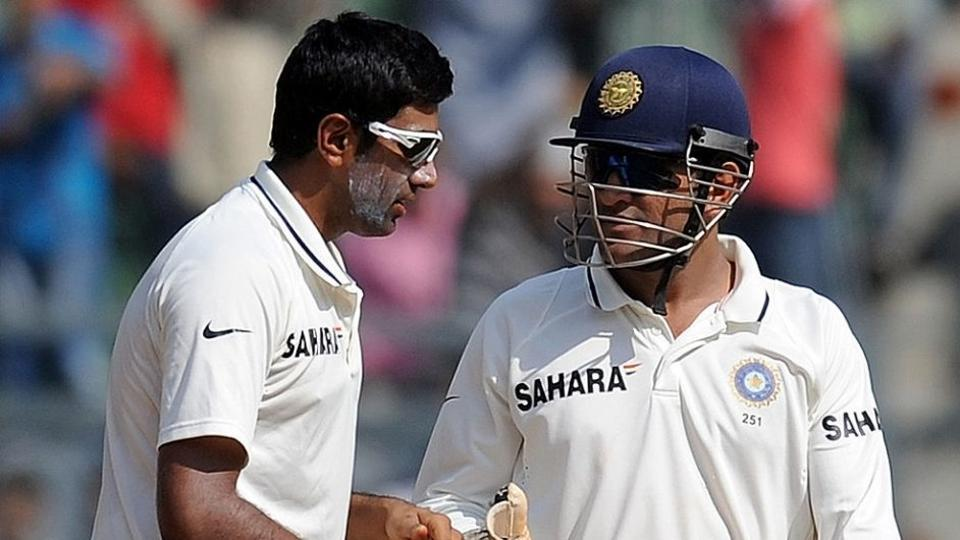 'He shed a few tears': R Ashwin recalls the night MS Dhoni decided to retire from Tests - Hindustan Times