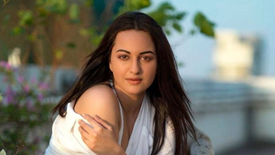 Sonakshi Sinha quit Twitter due to online trolling.