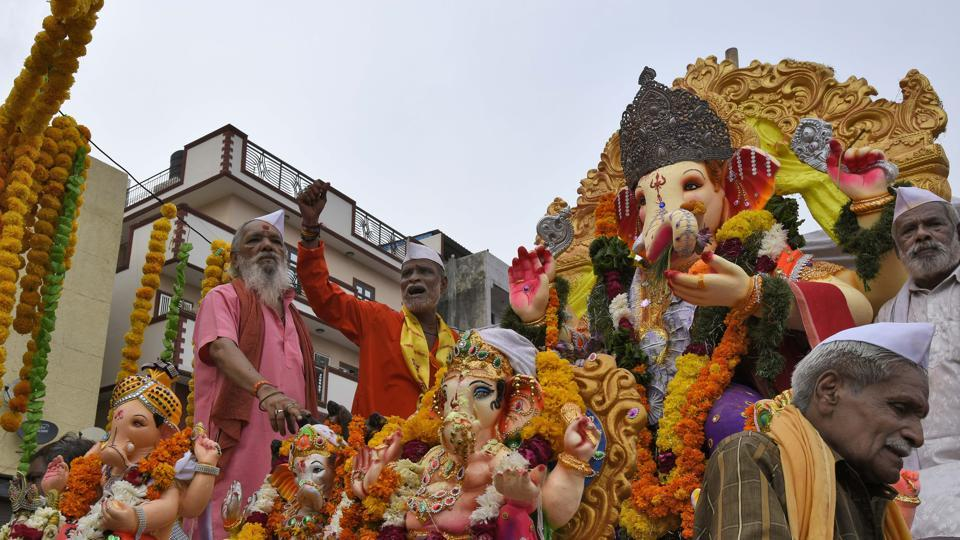 The BMC has also urged Ganesh mandals in prominent areas of Mumbai to follow the concept of 'one ward-one Ganpati' during this year's Ganesh Chaturthi celebrations in view of the coronavirus outbreak.
