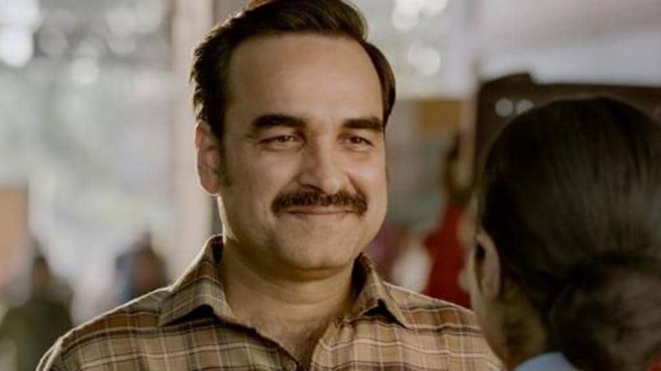 Pankaj Tripathi praises Gunjan Saxena's father: 'Our society needs more fathers like Anup Saxena' – bollywood