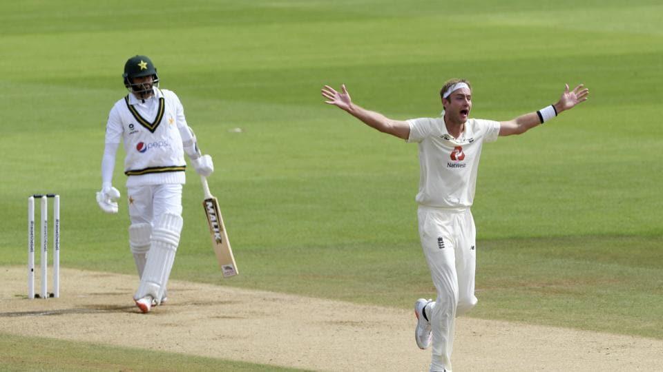 England Vs Pakistan Highlights 3rd Test Day 3 Anderson Picks Five As England Enforce Follow On Cricket Hindustan Times