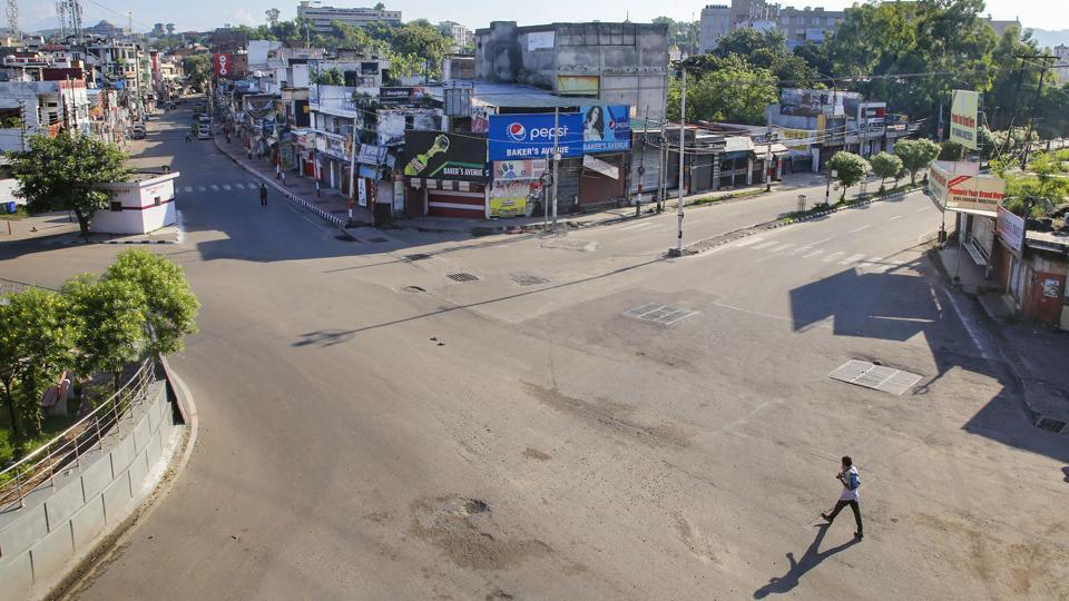 City streets deserted during a complete lockdown in the wake of coronavirus in Jammu on August 23. The recovery rate from the disease has climbed to 74.89% with 57,989 patients of the viral disease discharged from hospitals in the previous 24 hours. There have been 2,280,566 recoveries in the country till date and 360,724 in the last week. India's recoveries now exceed active cases by more than 1.5 million. (PTI)