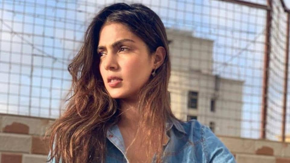Rhea Chakraborty appeared for CBI questioning on Friday.
