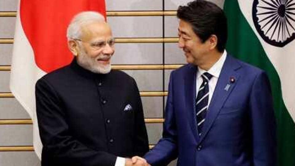 Prime Minister Narendra Modi with Japan's former premier Shinzo Abe.