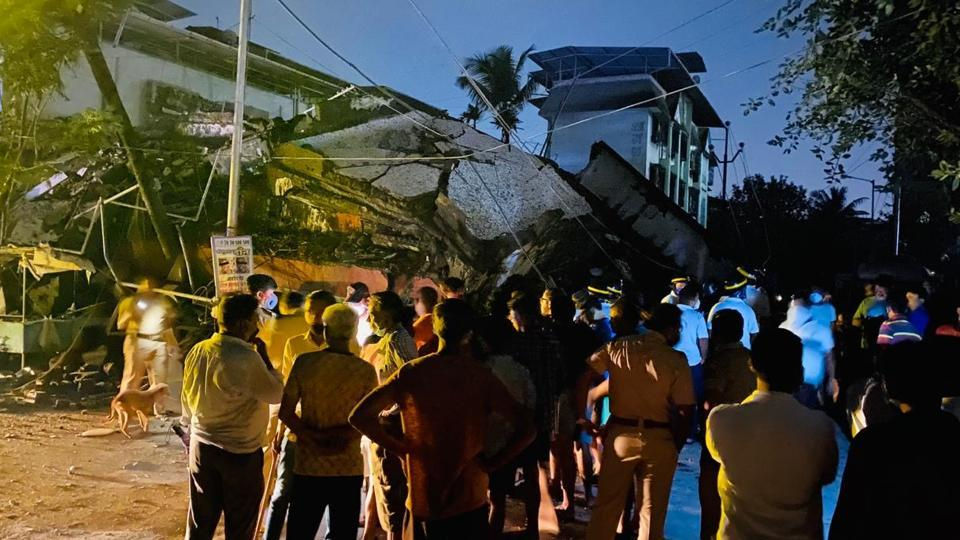 The Thane building collapsed about an hour after midnight on Wednesday.