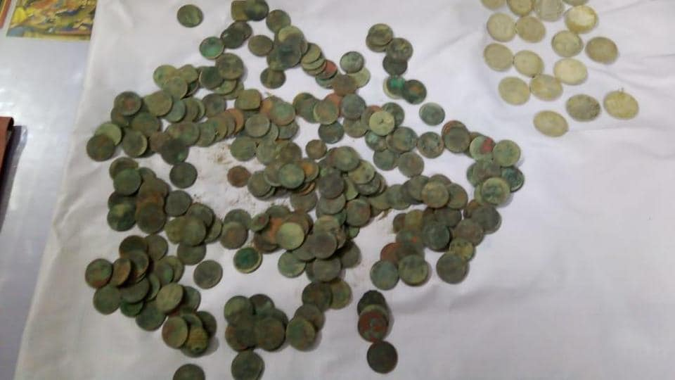 Some 17 silver and 287 bronze coins were found from the site and deposited in the Safipur treasury. (Photo: Sourced)