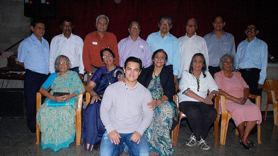 Teacher's Day 2020: Aamir Khan introduces his teachers to fans. See throwback pic – bollywood