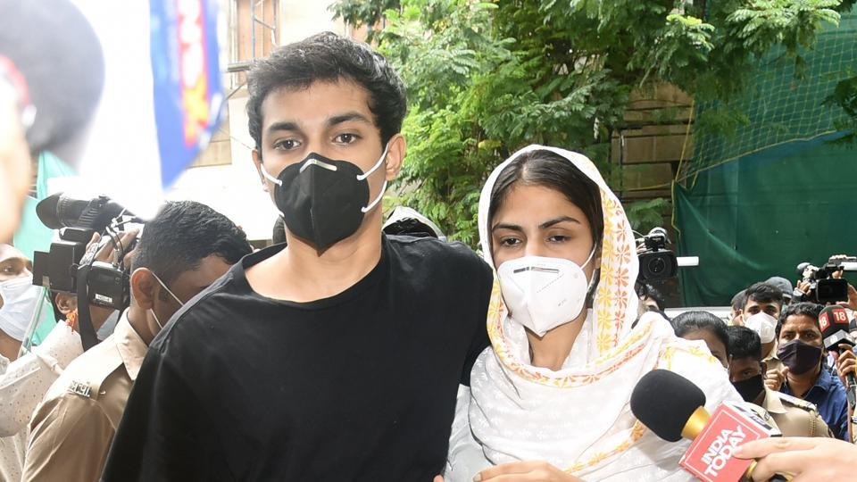 Rhea Chakraborty and her brother Showik Chakraborty.