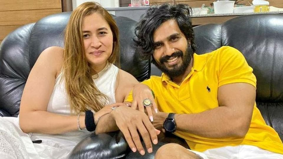 Actor Vishnu Vishal and shuttler Jwala Gutta have been in a relationship for close to two years.