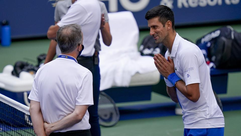 Novak Djokovic Disqualified From Us Open After Hitting Line Judge With Ball Watch Video Tennis Hindustan Times