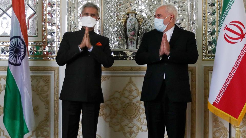 "In a tweet, Jaishankar described his meeting with Zarif as ""productive""."