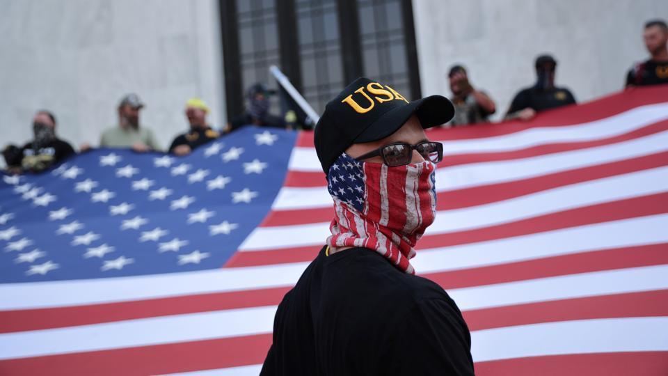 Hundreds gather near Portland for pro-Trump rally