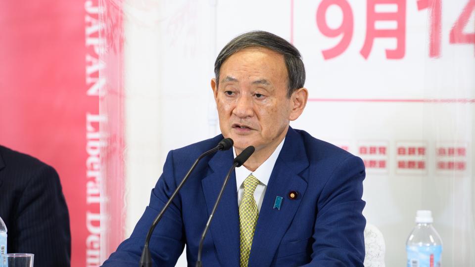 Japan: Yoshihide Suga in pole position for PM as debate kicks off