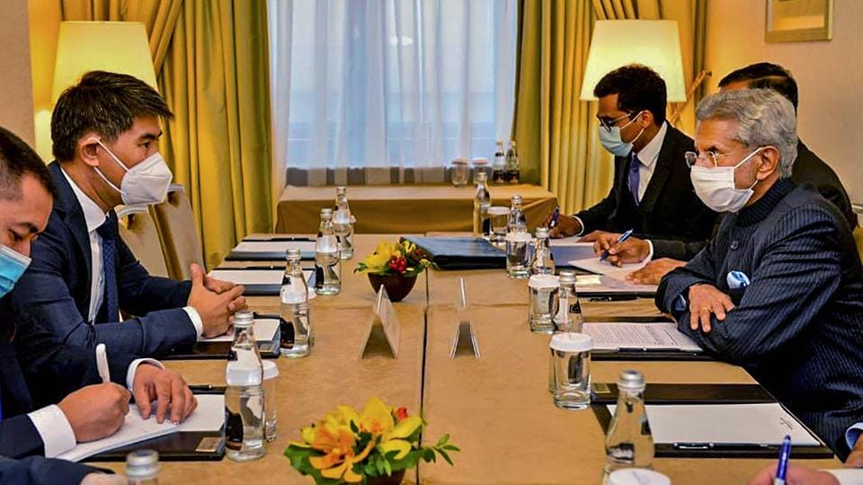 External Affairs Minister S. Jaishankar during a meeting with FM Chingiz Aidarbekov of Kyrgyz Republic on SCO sidelines, in Moscow.