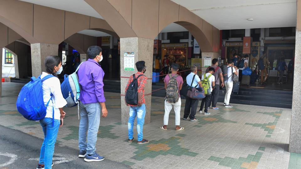Platform tickets have become dearer in Bengaluru so that people accompanying passengers don't unnecessarily crowd station areas. (Representative image: PTI)