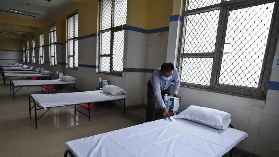 Delhi govt hospitals move to increase ICU bed capacity - Hindustan Times