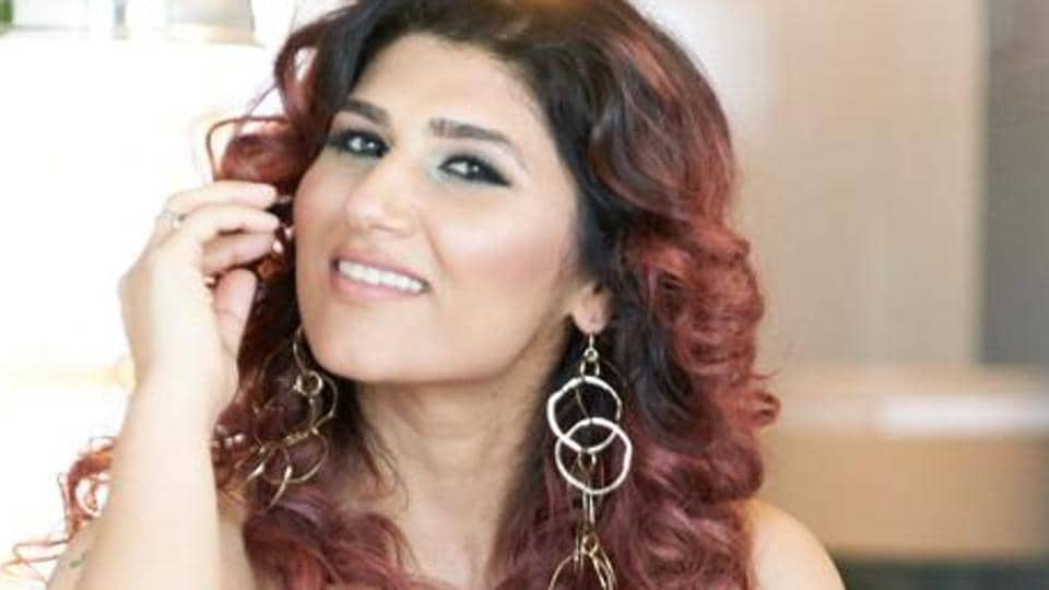 Shashaa Tirupathi recently released her latest song Siyaahii in collaboration with Papon.
