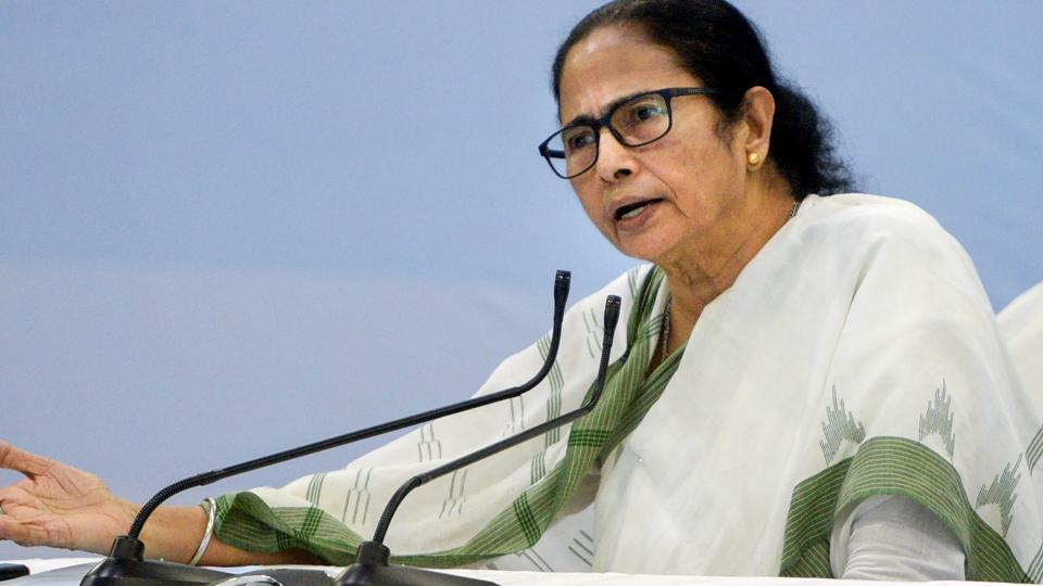 West Bengal chief minister Mamata Banerjee has asked the police force to focus on tackling cybercrime.
