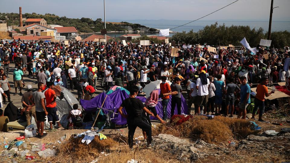 Thousands left homeless by Greek refugee camp fire protest