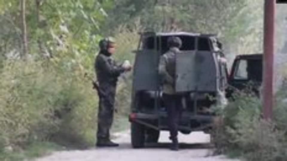 Encounter underway between security forces, terrorists in J-K's Pulwama - Hindustan Times