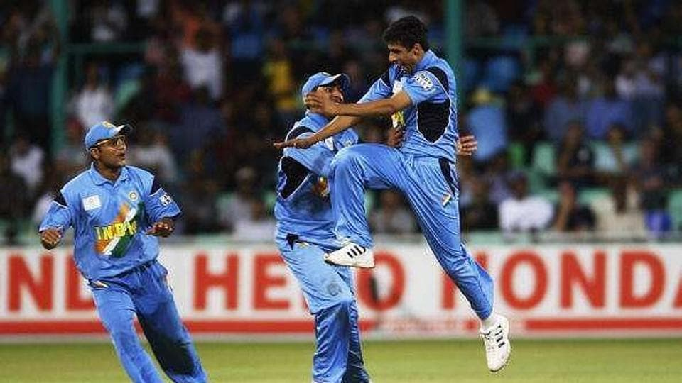 File image of Ashish Nehra celebrating.