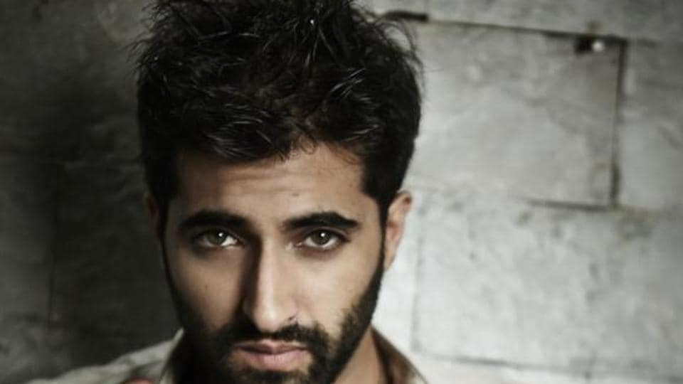 Actor Akshay Oberoi has been getting rave reviews for his performance in Flesh.