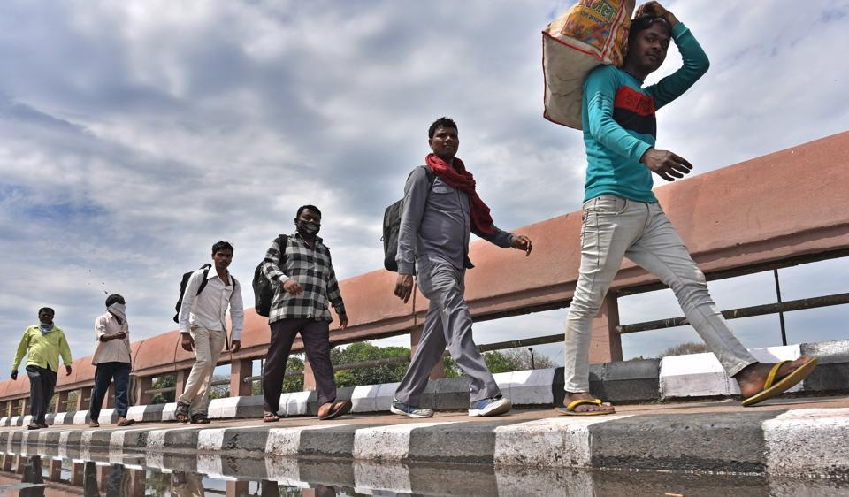 Migrant workers walking back to their villages, Delhi, March 27, 2020