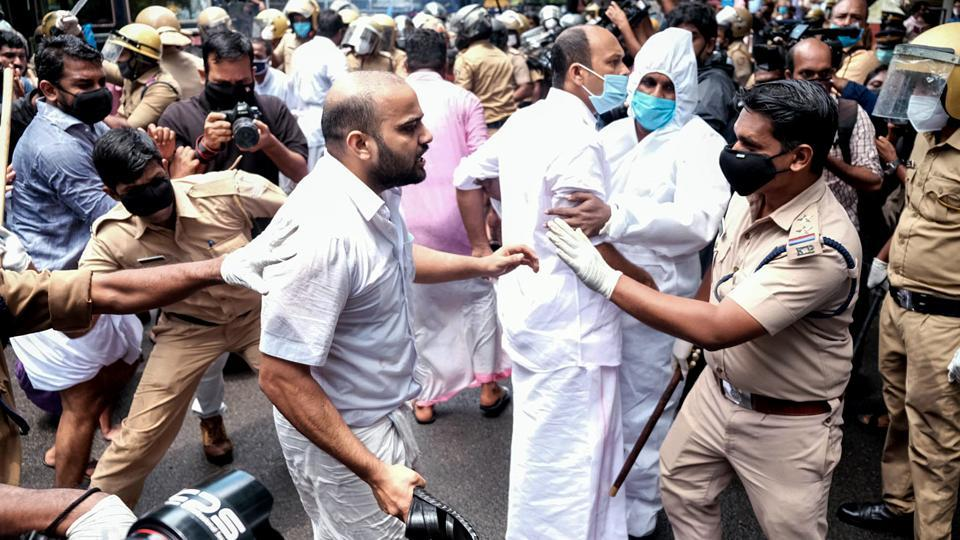 Kerala students union (KSU ) activists staging a protest demanding the resignation of Kerala Minister KT Jaleel over his alleged involvement in the gold smuggling case on Wednesday.
