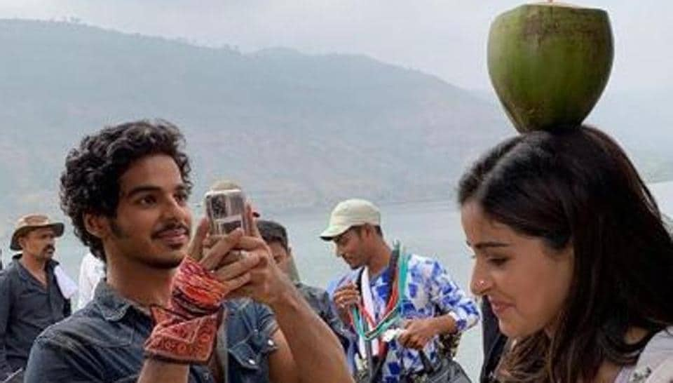 Ananya Panday shared Khaali Peeli BTS picture and video on Instagram.
