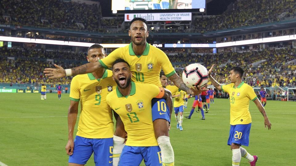 Miami Gardens: Brazil forward Neymar (10) celebrates