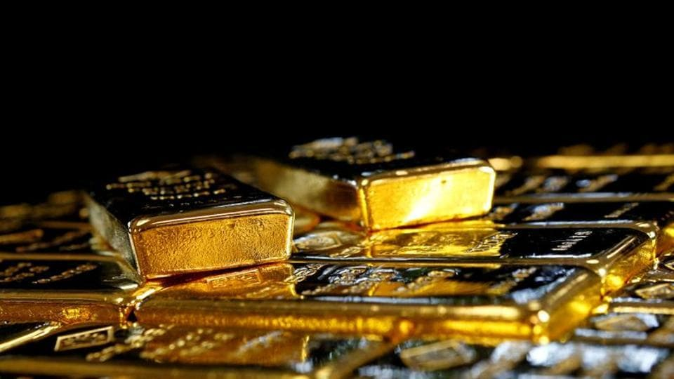 Although the gold price in both global ($1,951.2) as well as Indian market (Rs 51,210) experienced a growth, the spot gold prices in Indian market grew by a lesser rate of 0.02% as compared to Global gold prices of 0.32%.