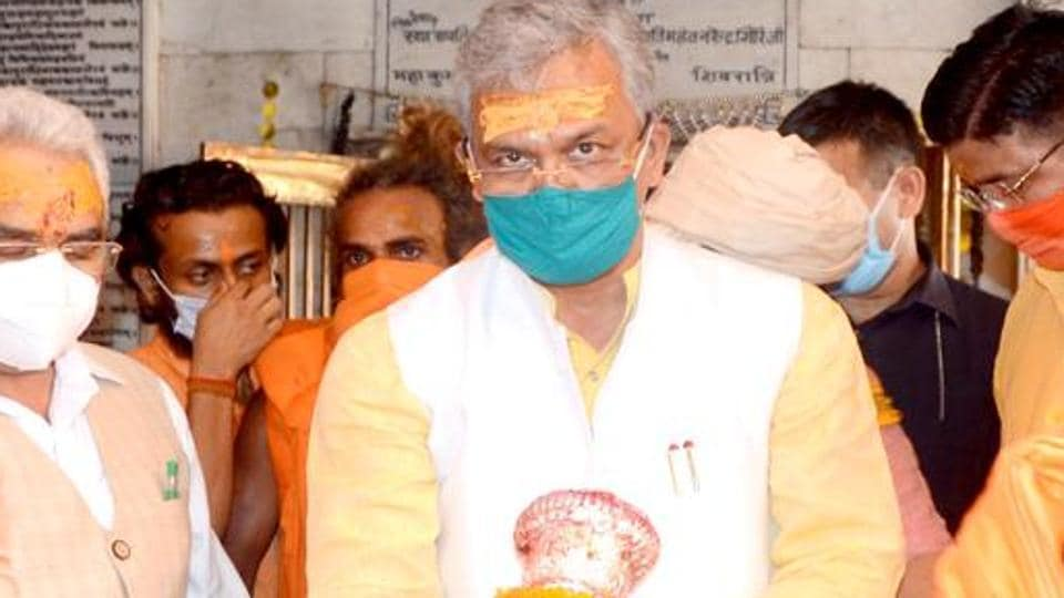 Uttarakhand chief minister Trivendra Singh Rawat wearing a face mask during a religious ceremony in Haridwar.