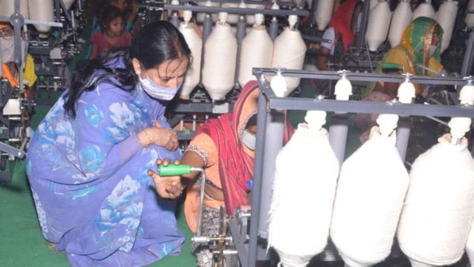 There has been a proliferation of fake Khadi products during the lockdown, the ministry said. (Photo: Twitter/@chairmankvic)