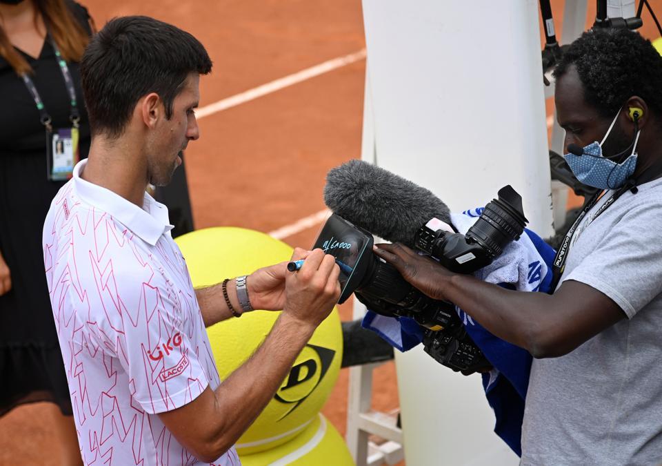 Djokovic Loses His Cool Again During Win At Italian Open Tennis Hindustan Times