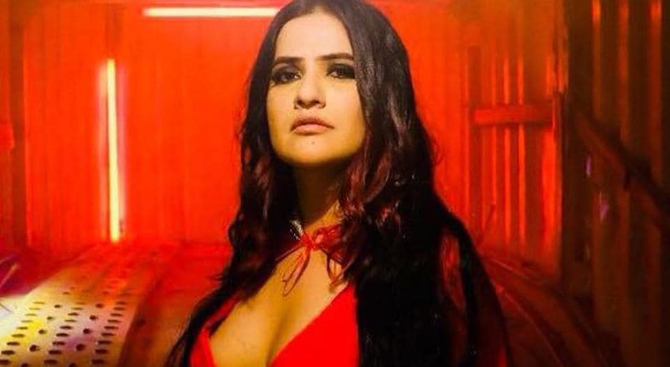 Sona Mohapatra has spoken about the MeToo movement in India.