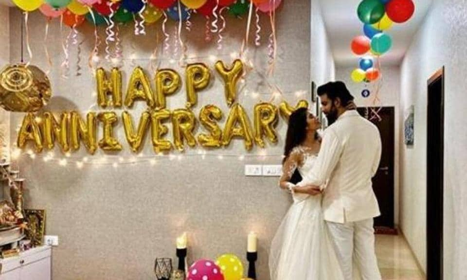Charu Asopa and Rajeev Sen celebrate their first wedding anniversary.