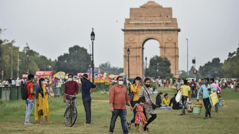 People out at India Gate in New Delhi on September 19. India's tally of the coronavirus disease (Covid-19) has crossed the 5.4 million mark, the Union Health Ministry's bulletin showed on September 20. (Biplov Bhuyan / HT Photo)