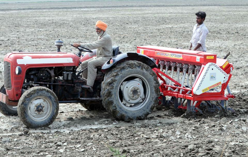 Punjab has 3,500 co-operative societies with just 1,200 tractors with societies.