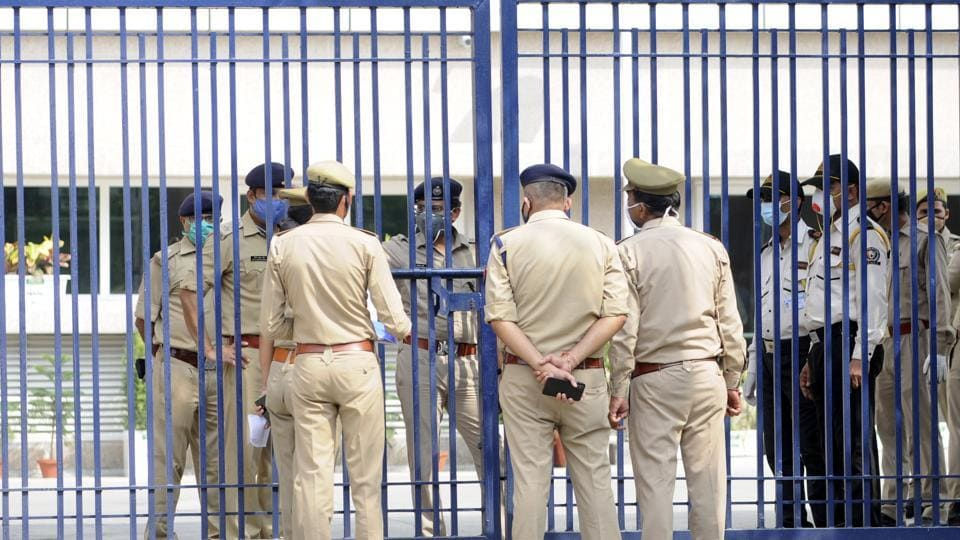 An FIR has been lodged and the husband has been arrested, the SP said, adding that the reasons behind the crime is being looked into. Image used for representational purpose.  (Photo by Sunil Ghosh / Hindustan Times)