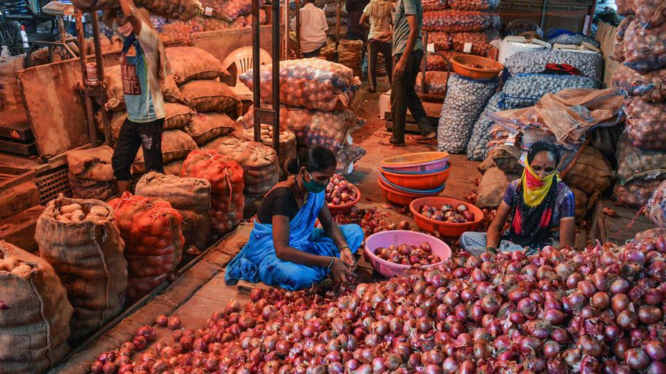 Following the order, many exporters started diverting trucks headed for Bangladesh to wholesalers in West Bengal. As a result, prices came down by around five rupees in the state's retail markets.
