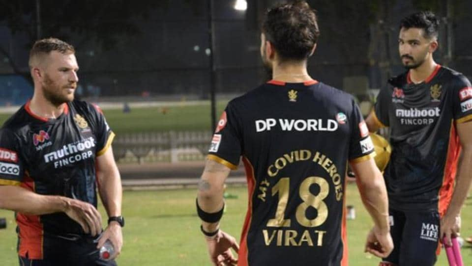 RCB captain Virat Kohli sporting 'My Covid Heroes' special jersey.