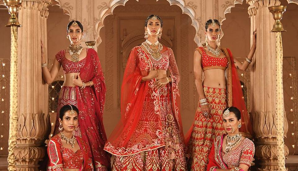 Reynu Taandon's models looked straight out of a folklore tale styled in wedding finery, that was dominated with hues of reds.