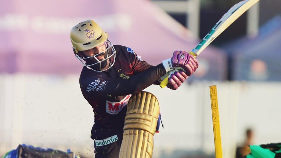 Dinesh Karthik in action.