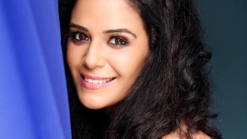 Actor Mona Singh is presently shooting for the web show, Indian version of Black Widows, and the film, Laal Singh Chadha, simultaneously.