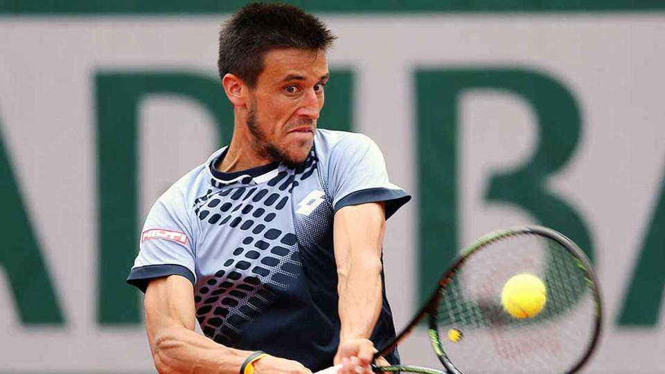 Coach fumes at French Open virus ban for Damir Dzumhur
