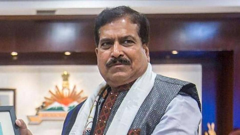 Union MoS of Railways Suresh Channabasappa Angadi died in AIIMS Delhi on Wednesday. He had tested positive for Covid-19.