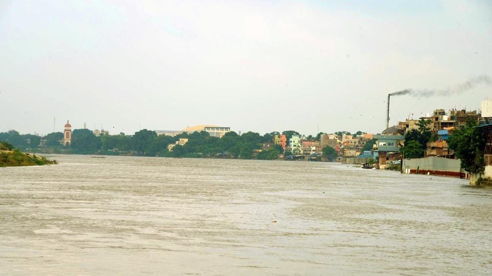 The report attributed the worsening report card of the Ganges to the discharge of untreated or partially treated sewage, negligible or dry seasonal flow that increases concentration of pollution and no fresh water discharges from the upstream.