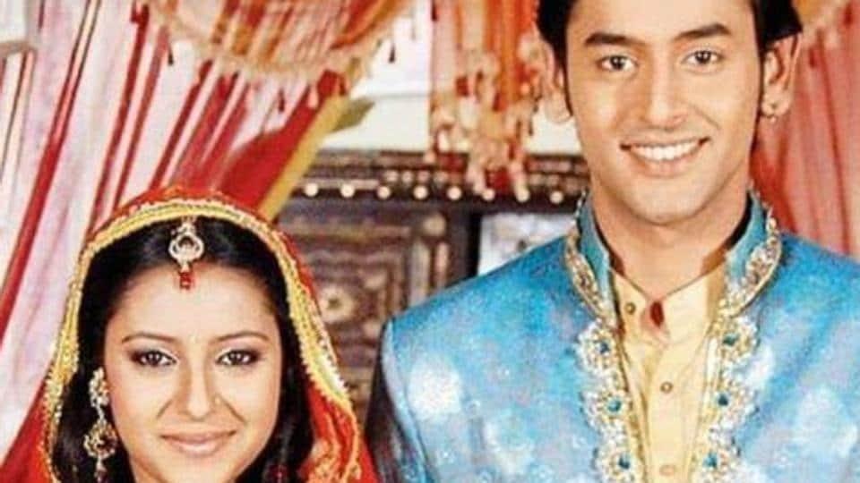 Pratyusha Banerjee and Shashank Vyas as Anandi and Jagya in Balika Vadhu.